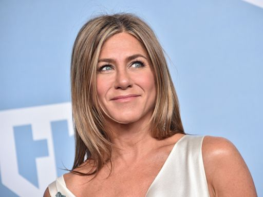 Jennifer Aniston endorses Joe Biden, urges people to 'vote for equal rights, for love, and for decency'