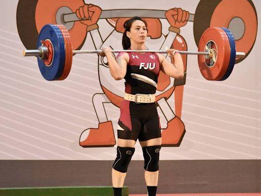 「舉重女神」郭婞淳抓舉100公斤 破大會紀錄領先其他好手