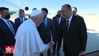 Pope Francis Meets Iraq's Top Shiite Cleric on Historic Visit