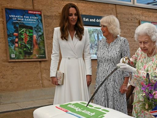 The Queen Insisted on Cutting Her Cake With a Sword, Because of Course She Did