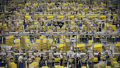 Amazon's Covid Dilemma: Mandate Vaccinations and Risk Losing Workers
