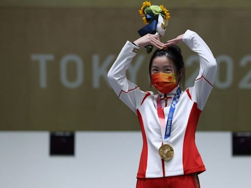 東京奧運︱中國第一金楊倩可愛滿分 清華學霸趁暑假參賽奪2金牌