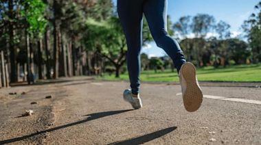 輕盈透氣不捂腳,咕咚10K跑鞋讓你愛上運動