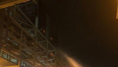 影/高雄林園台石化工廠火警!廠區狂竄濃煙 大批警消救援中