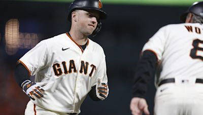 Giants plan to exercise Buster Posey's $22M option if he will play