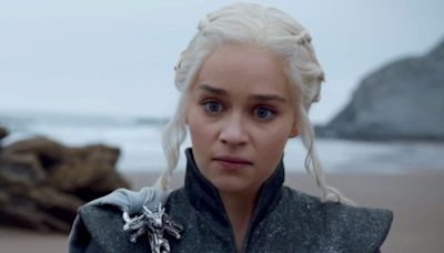 Emilia Clarke was asked to rewrite an entire 'Game of Thrones' scene in Valyrian, and she pulled it off in 10 minutes