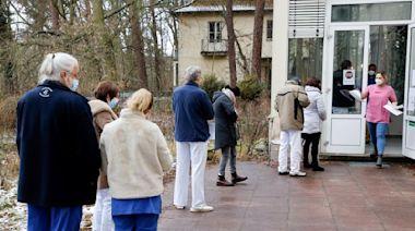Germany surpasses 2 million coronavirus cases, death rate up