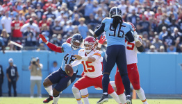 What's wrong with Patrick Mahomes and the Chiefs?