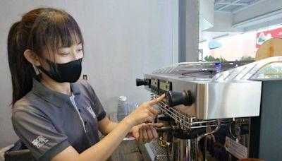 創業日賣逾千杯飲料 茶飲姊化疫情危機為轉機