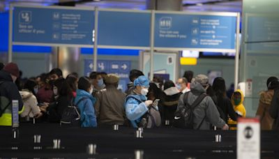 No quarantine for vaccinated amber list travellers from 'late July', says expert
