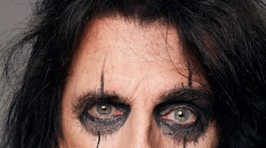 'Hard rock driven by guitars': Alice Cooper feels 'right at home' on 'Detroit Stories' album