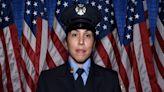 """""""Un sueño hecho realidad"""": Hispana hace historia al ser nombrada teniente en el Departamento de Bomberos de Nueva York"""