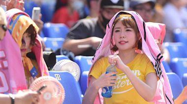 38度高溫下開賽 兄弟啦啦隊Passion Sisters大喊「吃不消」!