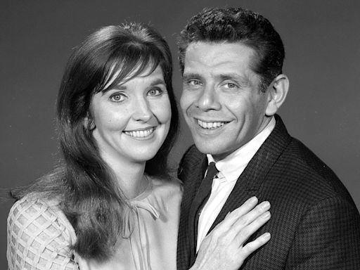 Inside Jerry Stiller and Anne Meara's Bond Onstage and at Home: 'We Were an Unlikely Couple'