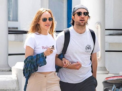 "Robert Pattinson and Suki Waterhouse Have ""Definitely Discussed"" Getting Engaged"