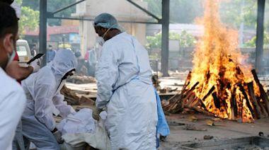 印度疫情續燒!單日又增逾40萬例確診 4千多人死亡創新高