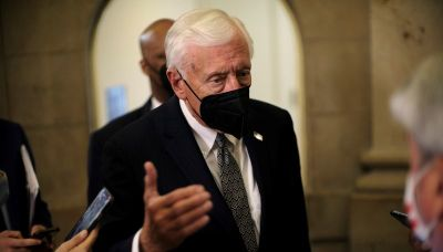 Senior U.S. House Democrat favors giving Treasury secretary power on debt limit