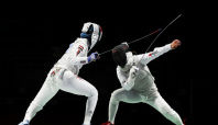 Olympics-Fencing-Japan's fencing hopefuls make it to round of 16