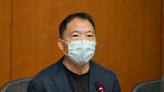 胡志偉92歲父親逝世 向懲教署申請外出奔喪
