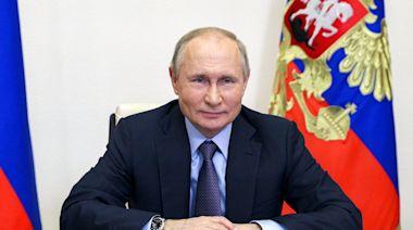 普京美媒專訪稱特朗普多姿多彩 形容俄美關係處近年處於最低點