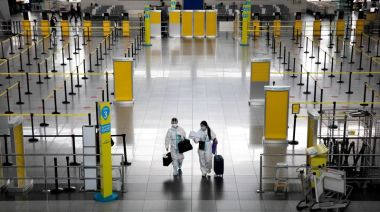 Philippines extends travel ban, steps up safeguards over COVID-19 variant