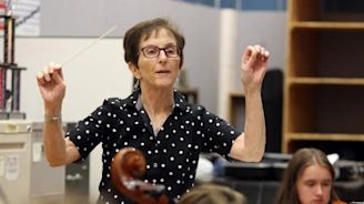 Swan song for beloved music teacher