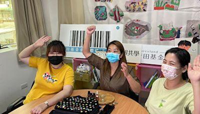 社區照顧據點受疫情所悶 社工為線上課程教師