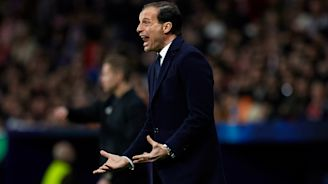 Allegri calls on Juventus to 'do something extraordinary' after Atletico loss