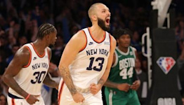 Evan Fournier's clutch shooting comes up big in Knicks debut: 'That's who he is'
