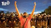 泰國學生批政府防疫不力、拖垮經濟 示威要求總理下台