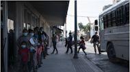 Cada vez son más los inmigrantes liberados en el centro de detención de ICE de Aurora, en Colorado