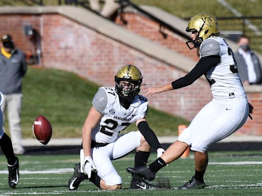 Vanderbilt's Sarah Fuller Makes History as First Woman to Play in Power 5 College Football Game