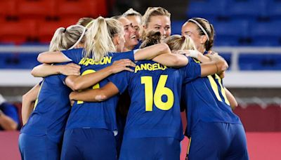 Canada and Sweden call for kick-off in women's Olympic football final to be pushed back due to heat