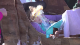 12-year-old receives custom Frozen-themed costume in time for Halloween