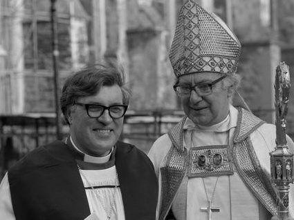 The Right Reverend Robert Hardy, popular Bishop of Lincoln whose pastoral skills were tested by conflict within the cathedral Chapter – obituary