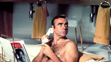 Sean Connery, who defined the role of 'James Bond' for a generation, dies at 90