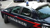 Ucciso a mani nude in casa a Reggio Emilia, arrestato un 34enne mentre tenta la fuga con la compagna