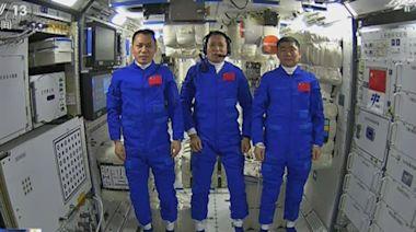 神舟十二號太空人進駐核心艙 感謝人民及工作人員