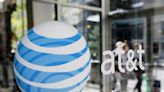 AT&T says it has big problems. A T-Mobile salesman showed me how big   ZDNet