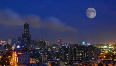 全台大雷雨夜襲!4縣市高溫警訊 中秋節「最佳賞月」時間出爐