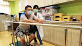 記者屢車禍確診腦瘤 日行4公里復健!半年重回職場   蘋果新聞網   蘋果日報