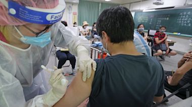 疫苗供貨吃緊!有效分配成難題 專家:優先接種排序應更透明 | 蘋果新聞網 | 蘋果日報