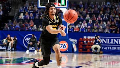 Cuonzo Martin comments on latest addition to Mizzou but another player is transferring