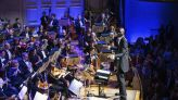 Celtics rookie conducts Boston orchestra's holiday concert