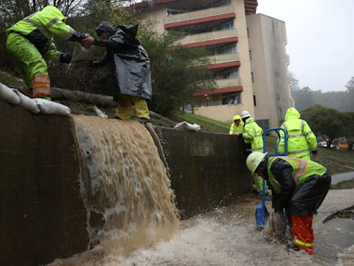 California rainstorm spurs flood advisory in L.A. County after setting records in north