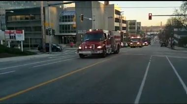 Police and fire crews blare sirens in support of health workers in Canada