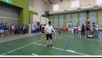 邀麟洋替羽球校隊打氣 鄭文燦組隊切磋求技