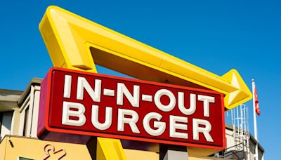 In-N-Out calls California vaccine mandate 'offensive.' Will others join battle?