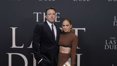 Jennifer Lopez gazes at Ben Affleck in intimate new Instagram