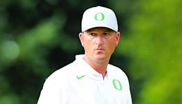 Report: Oregon men's golf coach Casey Martin has leg amputated